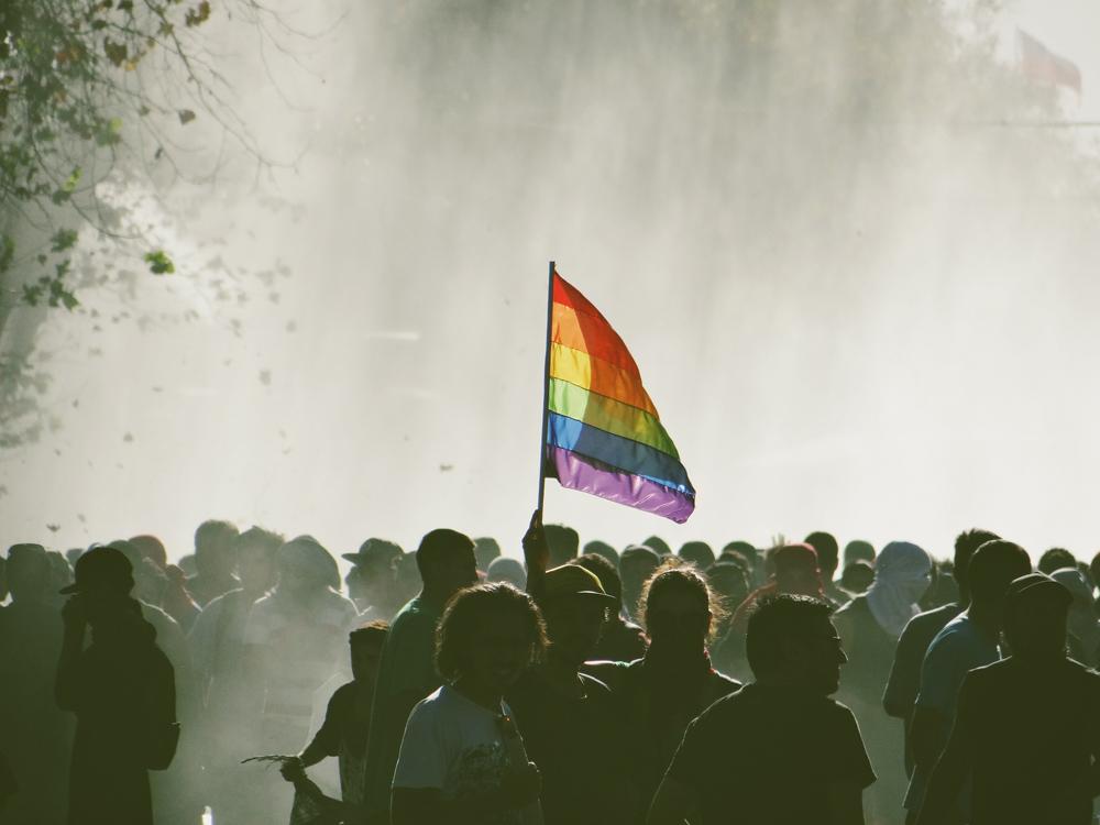Sei doch mal normaler! – Das Schreckgespenst der Homo-Lobby
